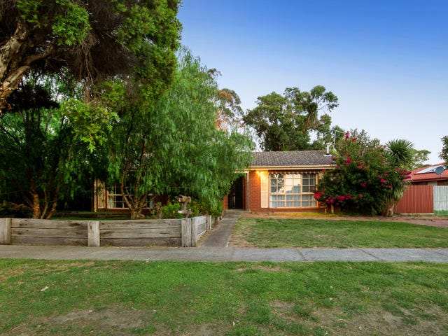 4 Casuarina Court, Hampton Park, Vic 3976