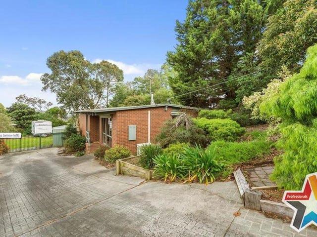 3 Akima Terrace, Mooroolbark, Vic 3138