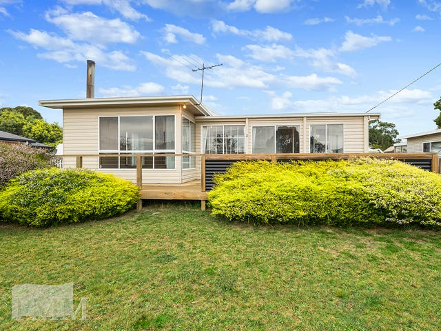2 Ninth Avenue, Dodges Ferry, Tas 7173