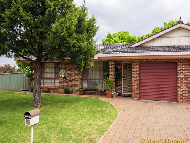 2A St  Albans Way, Dubbo, NSW 2830
