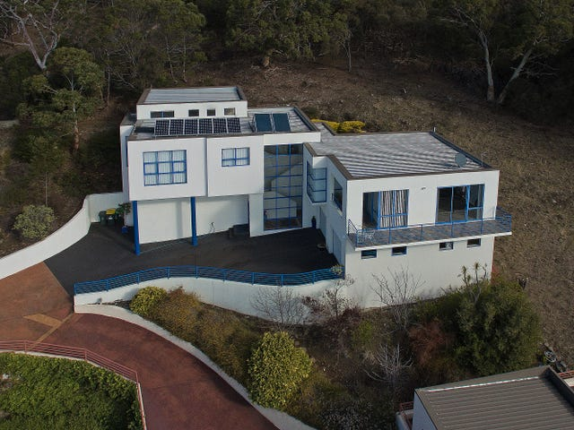 53 Nicholas Drive, Sandy Bay, Tas 7005