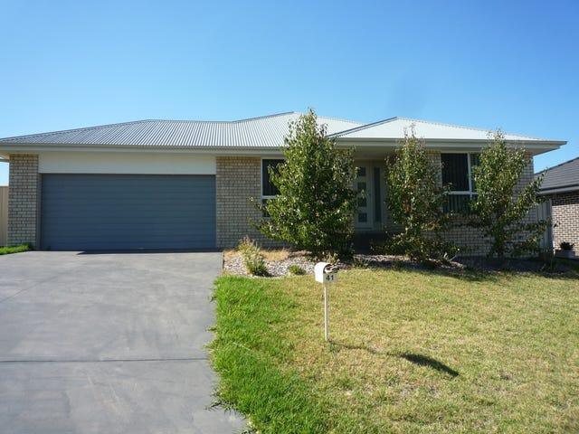 41 Melaleuca Way, Orange, NSW 2800