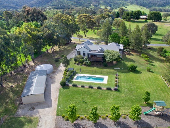 39 Fitzpatrick Drive, Staghorn Flat, Vic 3691