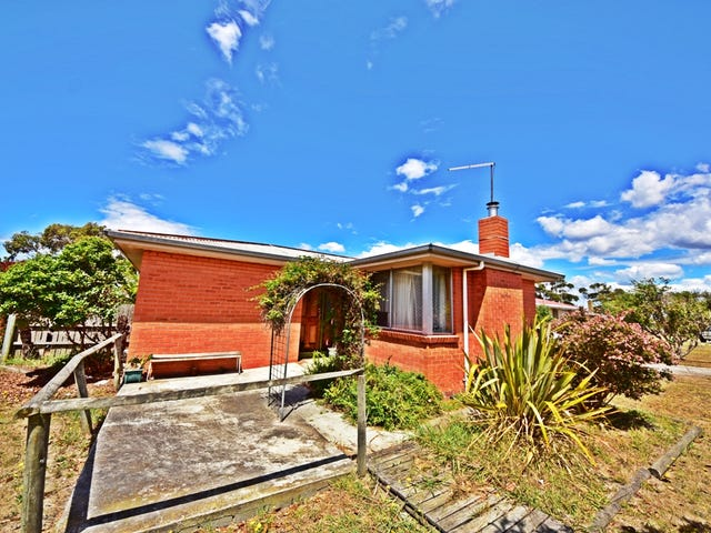 4 Simpson Avenue, George Town, Tas 7253
