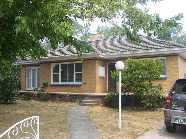 112 Main Hurstbridge Road, Diamond Creek, Vic 3089