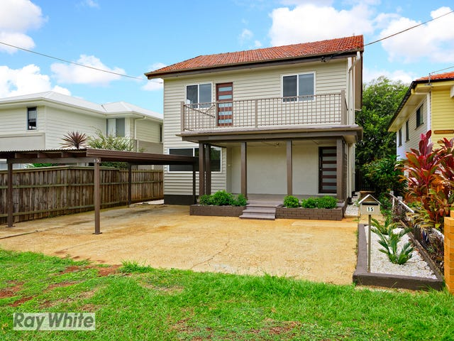 15 Griffith Road, Scarborough, Qld 4020