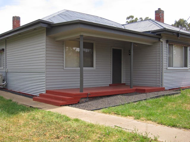 33 Victoria Hill Road, Heathcote, Vic 3523