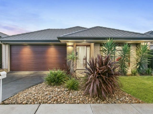 26 FALABELA ROAD, Clyde North, Vic 3978