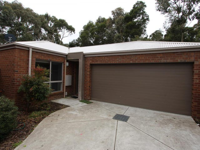 2/9 Creekview Close, Mount Clear, Vic 3350