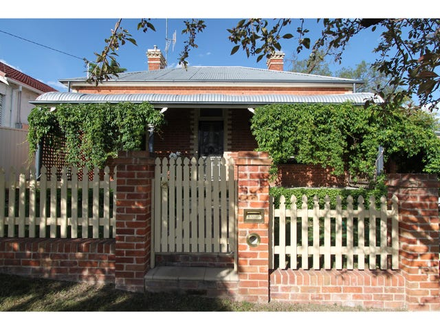 19 Blandford Street, Bathurst, NSW 2795