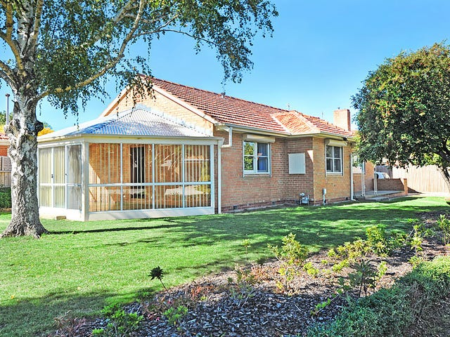 24 Waller Avenue, Newington, Vic 3350