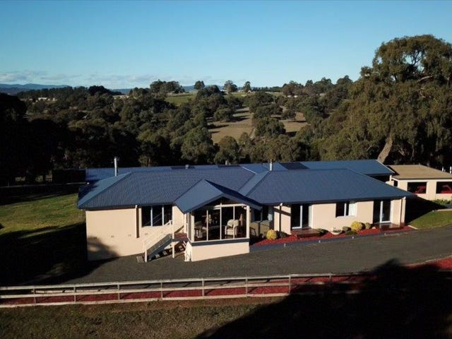 26 Coopers Road, Macclesfield, Vic 3782