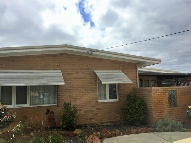 24 Simons Way, Langford, WA 6147