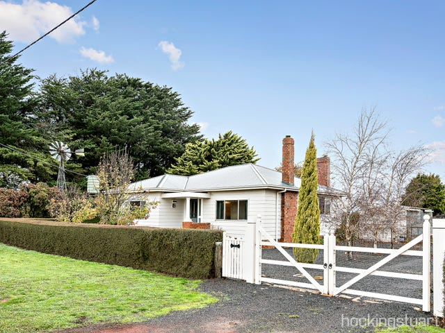 10 Bells Road, Newlyn North, Vic 3364