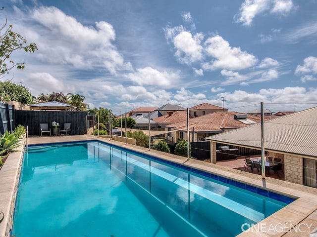 21 Hibbertia Follow, Halls Head, WA 6210