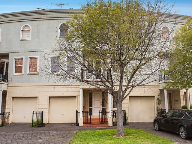 22 The Crescent, Kensington, Vic 3031