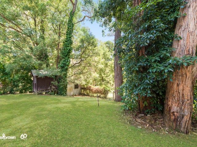 15 Heathfield Grove, Montrose, Vic 3765