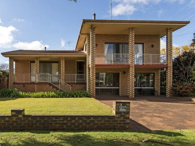 824 Ruthven Street, South Toowoomba, Qld 4350