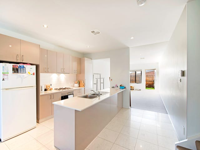 10/16 Ray Ellis Crescent, Forde, ACT 2914