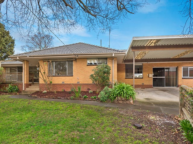 4 Stuart Court, Balwyn North, Vic 3104