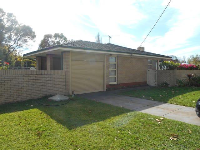 40 Cygnus Street, Rockingham, WA 6168