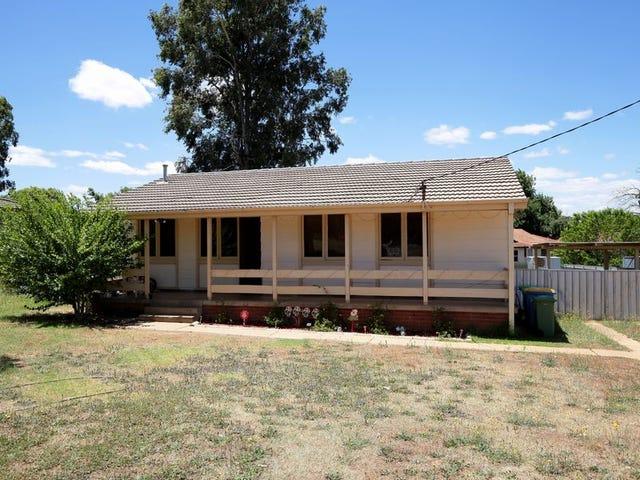 24 Ziegler Avenue, Kooringal, NSW 2650