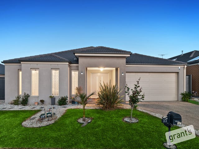 33 Perry Circuit, Cranbourne North, Vic 3977