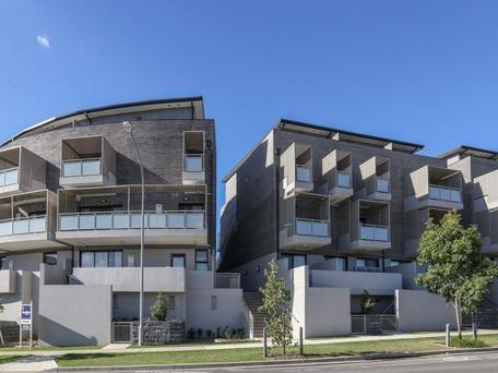 27/1 Glenmore Ridge Drive, Glenmore Park, NSW 2745