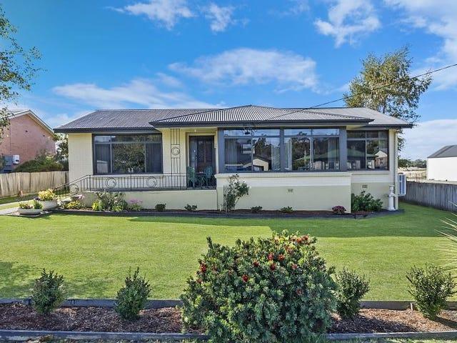 228 Weld Street, Beaconsfield, Tas 7270