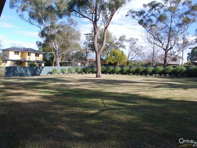 72 Russell Avenue, Valley Heights, NSW 2777