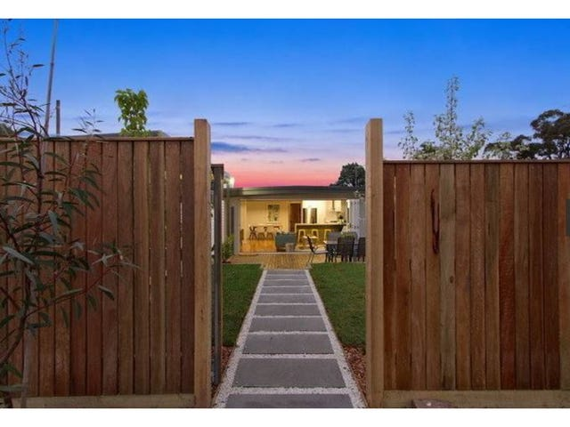 8 Olive Street, Mornington, Vic 3931