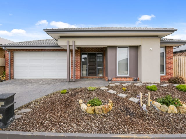 32 Union Street, Clyde North, Vic 3978