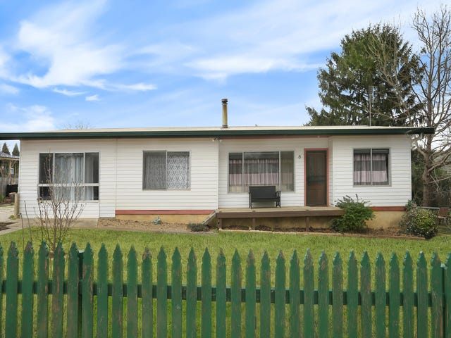 New Berrima, address available on request