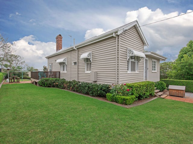 8 Kelfield Street, North Toowoomba, Qld 4350