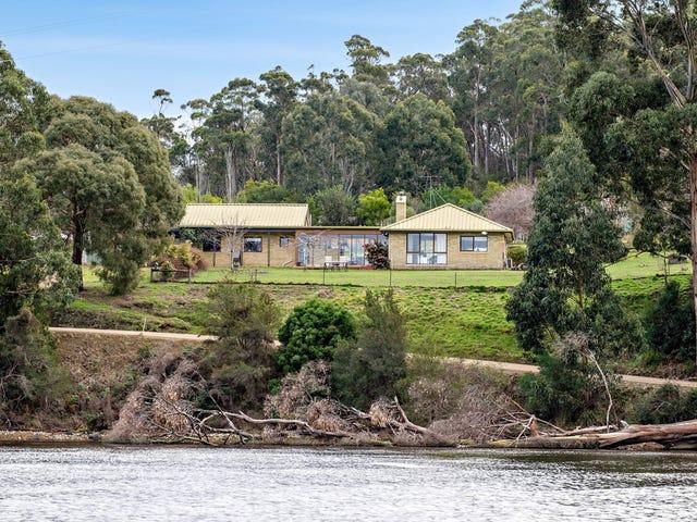 442 Cygnet Coast Road, Petcheys Bay, Tas 7109