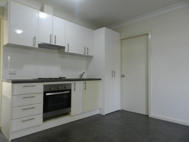 1 Wangaroa Crescent, Lethbridge Park, NSW 2770
