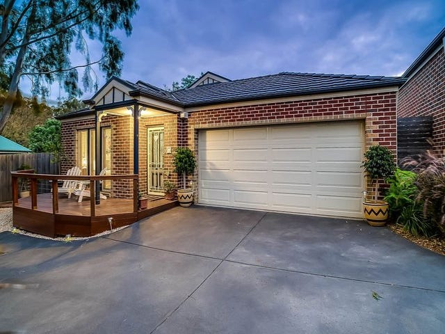 4/3 Hillcrest Avenue, Ferntree Gully, Vic 3156