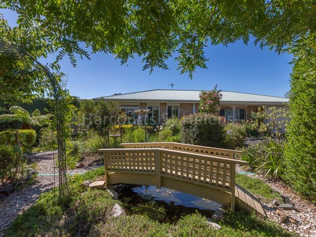 1/2 Heather Place, St Helens, Tas 7216