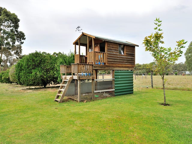 Henley Brook, address available on request