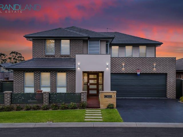 7 McGuiness Ave, Middleton Grange, NSW 2171