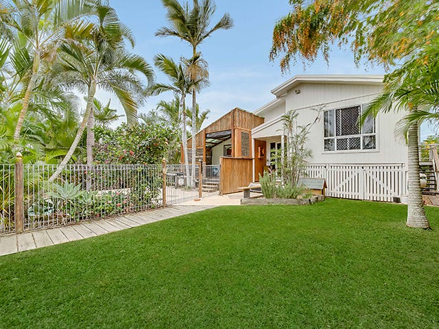 10 Crayke Court, Pacific Heights, Qld 4703
