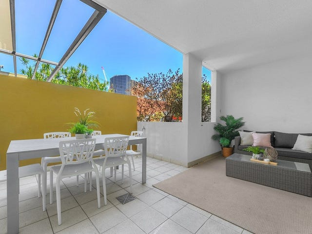 208/333 Water Street, Spring Hill, Qld 4000
