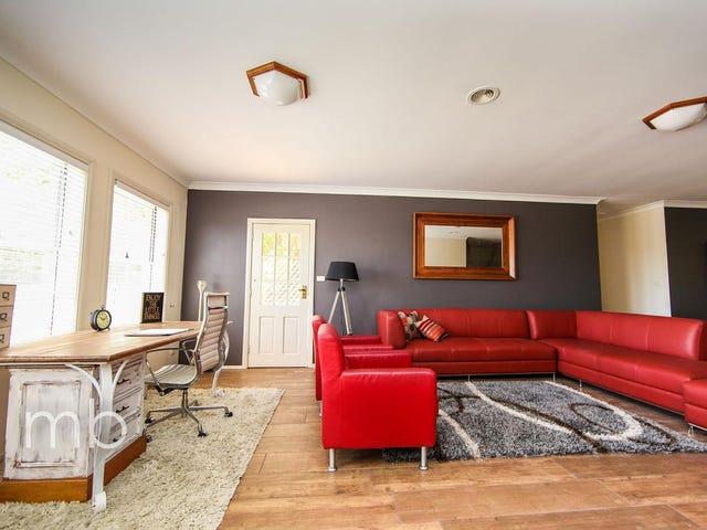 Room 1, 21 Wirruna Avenue, Orange, NSW 2800