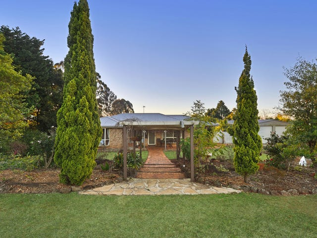 8 Selkirk Court, Highfields, Qld 4352
