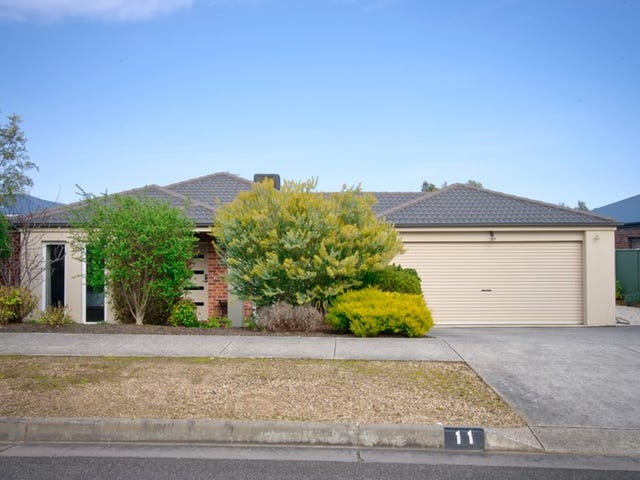 11 Platypus Drive, Mount Clear, Vic 3350