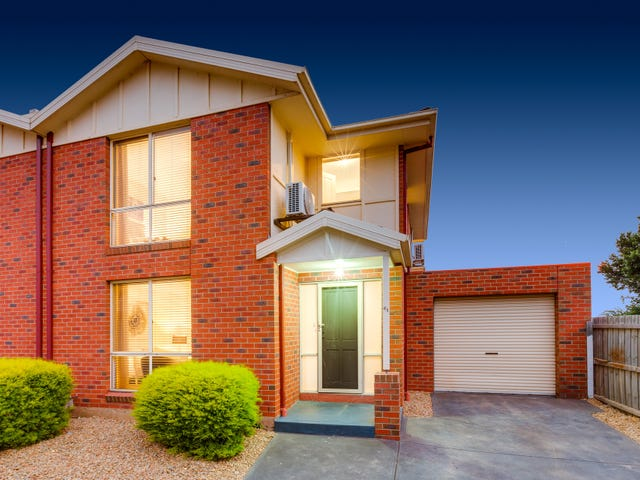 61 Village Avenue, Taylors Lakes, Vic 3038