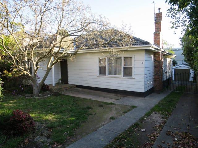 7 Jordan Grove, Glen Waverley, Vic 3150