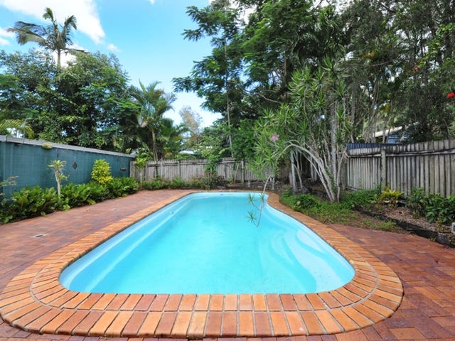 9 Roslyn Road, Mount Julian, Qld 4800