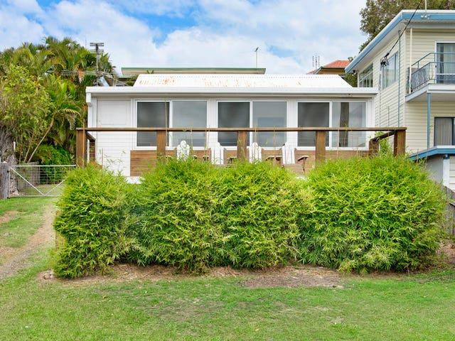 18 Main Street, Crescent Head, NSW 2440