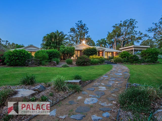105 Phillip Crescent, Barellan Point, Qld 4306